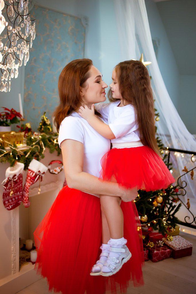 Прокат одинаковых фатиновых юбок для мамы и дочки Екатеринбург
