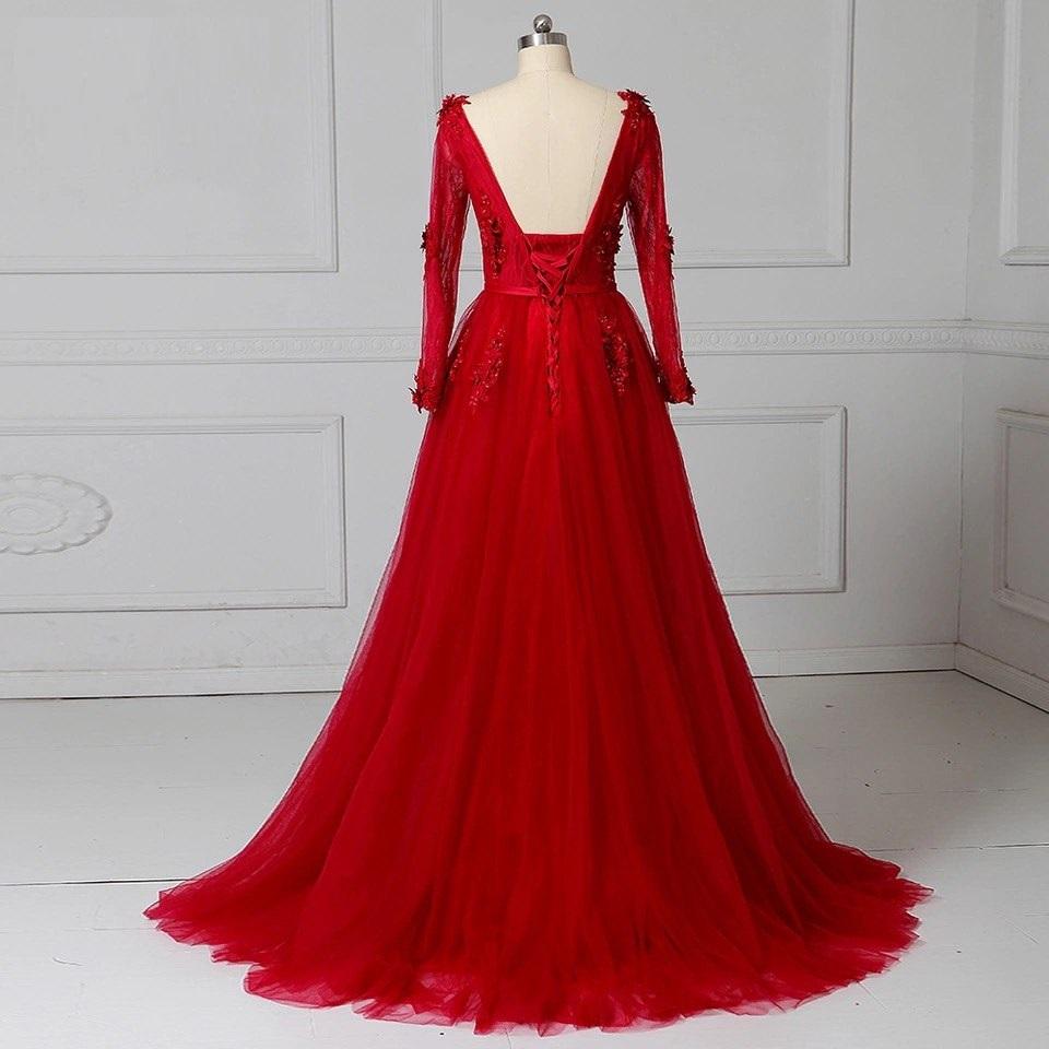 прокат красного платья длинного кружевного с рукавами